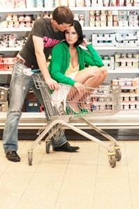 Como ligar mujeres en tiendas y supermercados